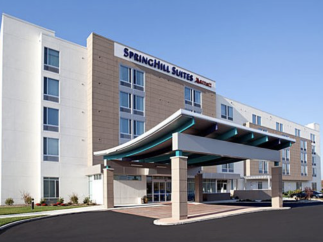 Airport Hotel Review: SpringHill Suites by Marriott